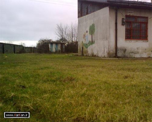 تصاویری از نابودی مدرسه ایتدائی کرکان(۲)